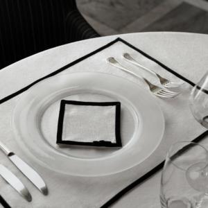 Home Couture bordstablett från Linneverket.